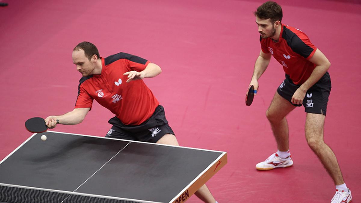 Drinkhall & Walker exit to Chinese pair