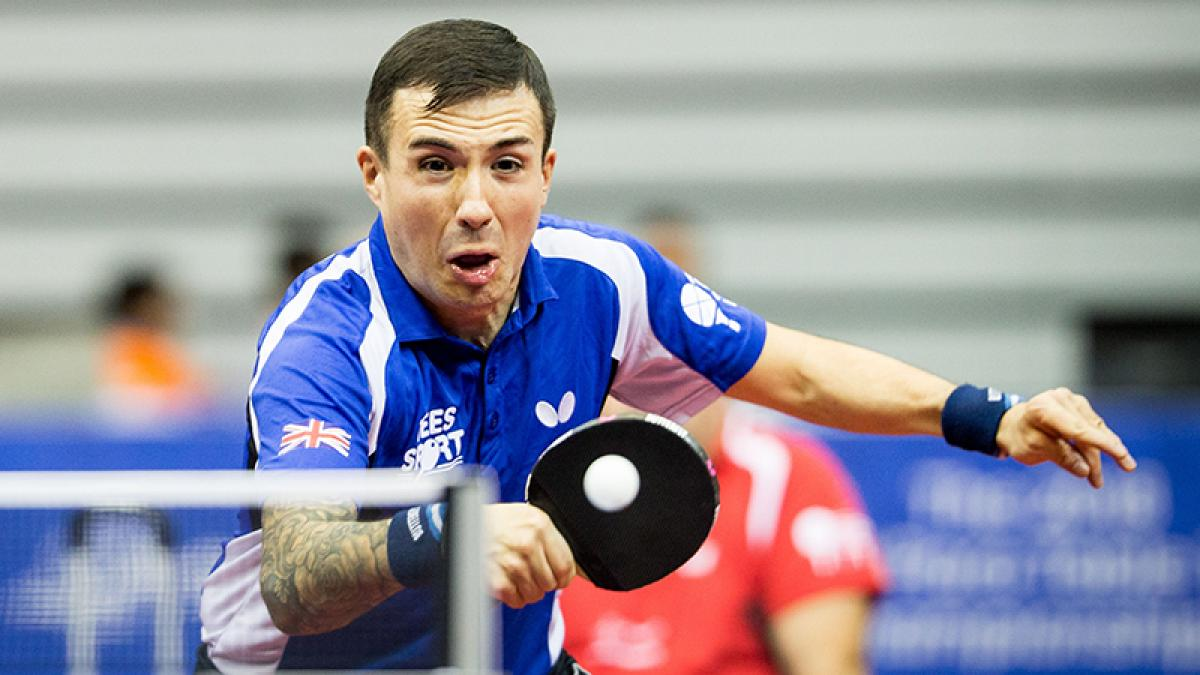 Gold for Bayley and Davies in Italy